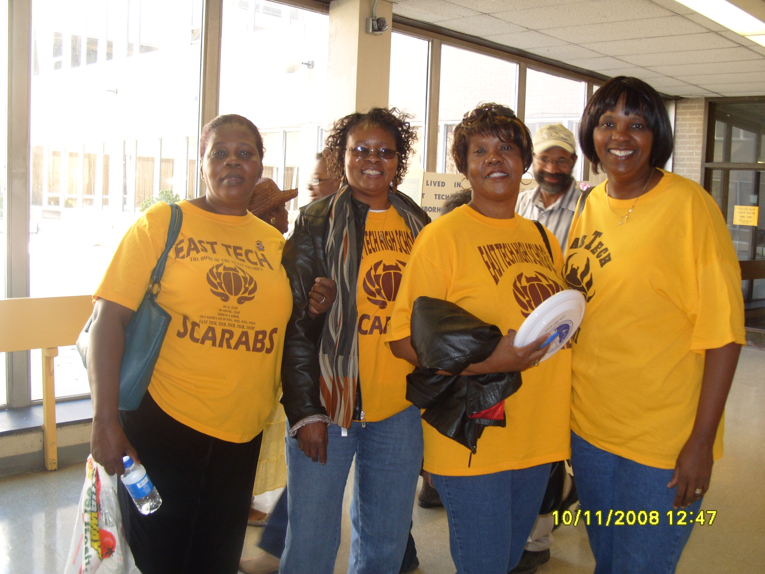 100th_Anniv_Beautification/ladies.JPG